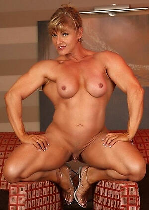 Wet muscle full-grown pussy pics