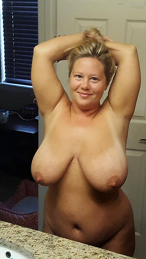 Nude homemade mature pussy pictures