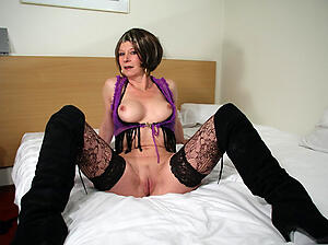 Wet busty mature old bag pussy pics