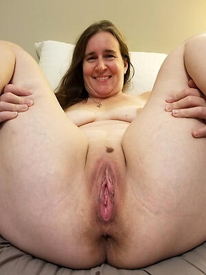 Naked mature milf solo free photo