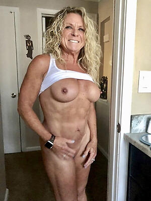 Hot porn of X-rated grown-up muscle