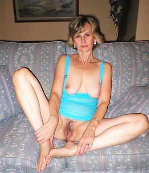 Nice old mature feet xxx