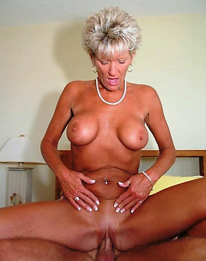 Amateur mature couples fucking