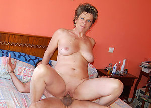 Hot old lady fucked hard homemade pics