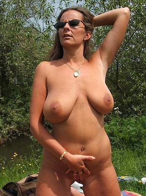 Homemade older girlfriend amateur porn
