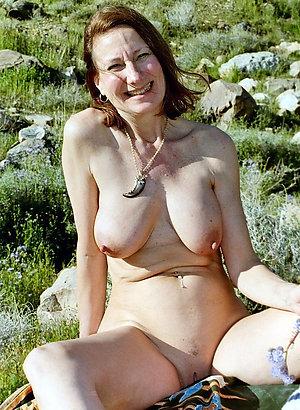 Beautiful natural ex girlfriend nude pic
