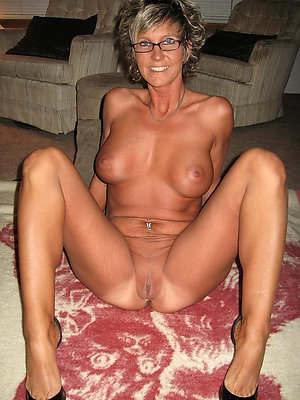 Best pics of sexy mature wife with glasses