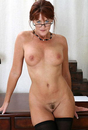 Slutty nude mature women with glasses