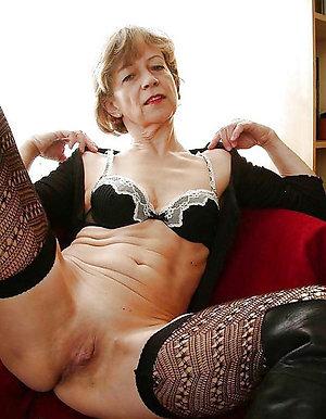 Busty amature granny porn pics