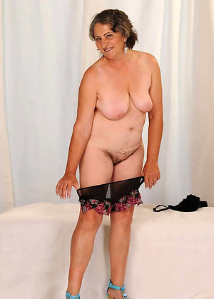 Sweet hot granny pantyhose pics