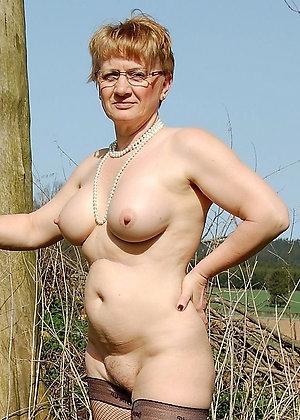 Xxx nude mature grannies free pics