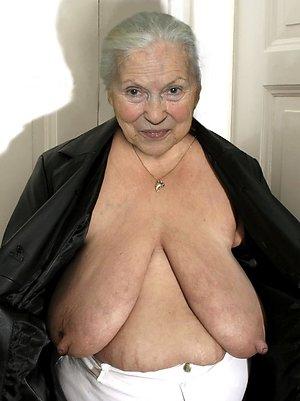 Hotties mature granny nude pics