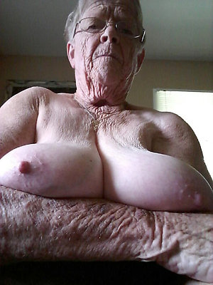 Hot mature hairy grannies free pics