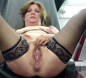 Xxx mature hairy women free pics