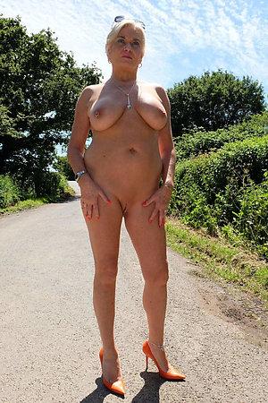 Mature Heels Pics