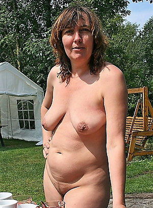 Handsome homemade mature wife want sperm