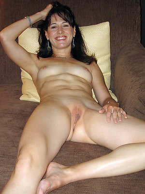 Slutty amateur mature legs stockings