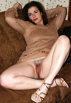 Beautiful natural mature legs porn