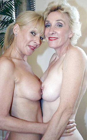Free pics of hot mature lesbians