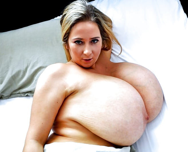 Completely naked women with big boobs porn pictures