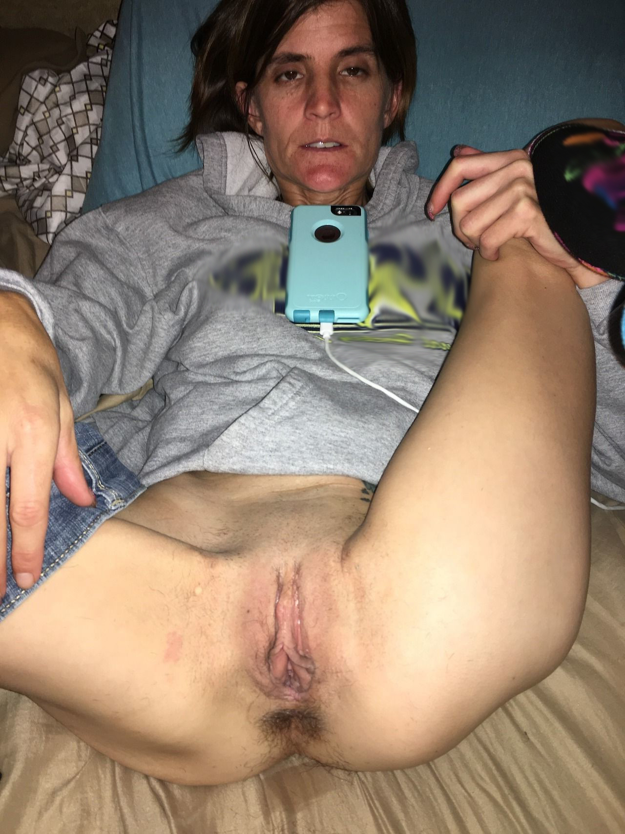 Women showing there pussy