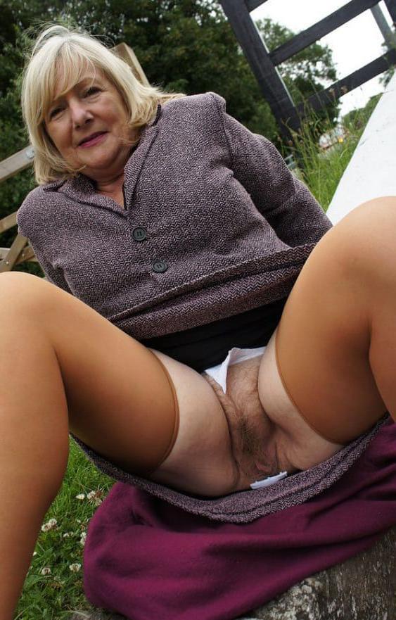 grandomother nude Mature Women Pictures