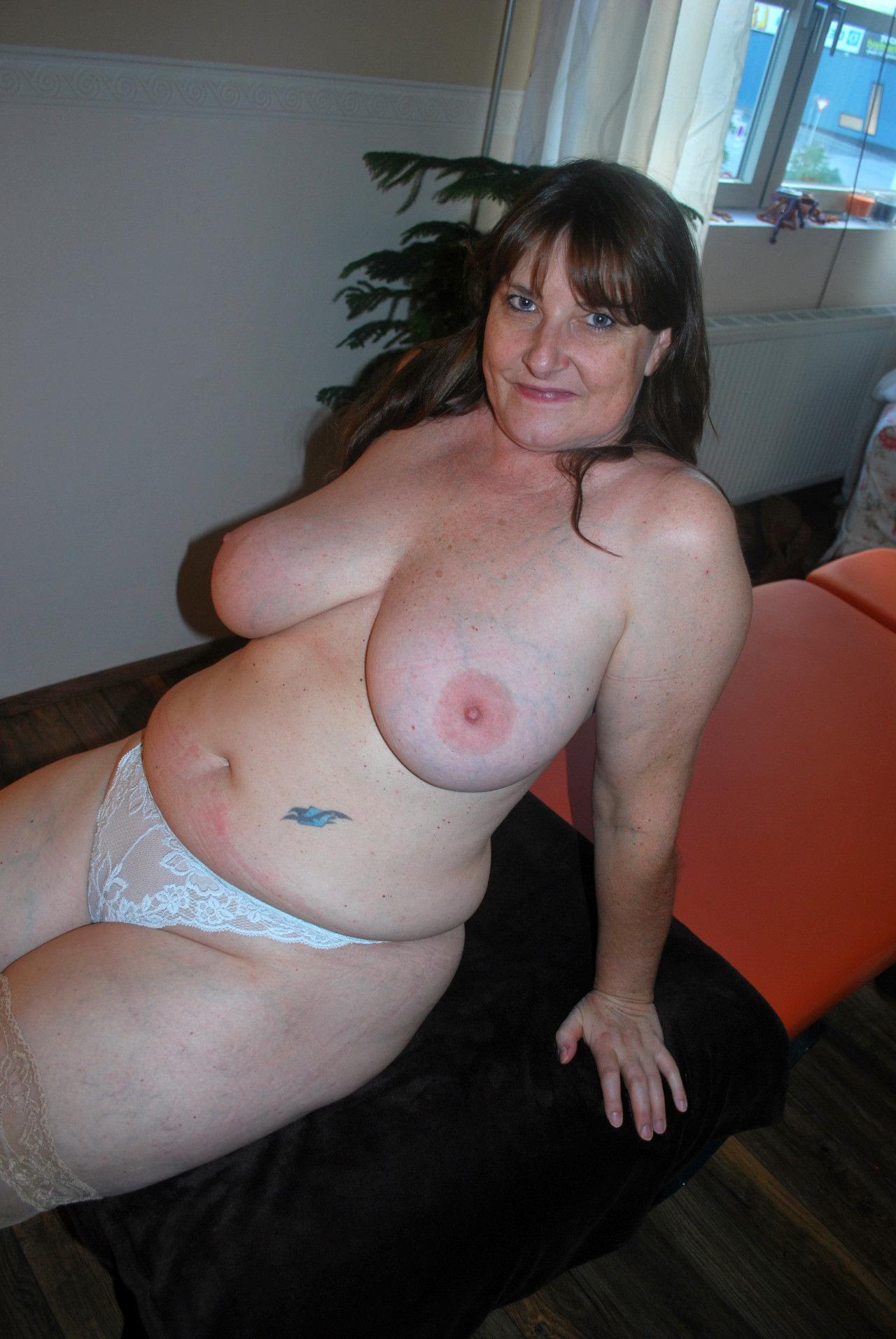 Chubby Mature Amateur Wife