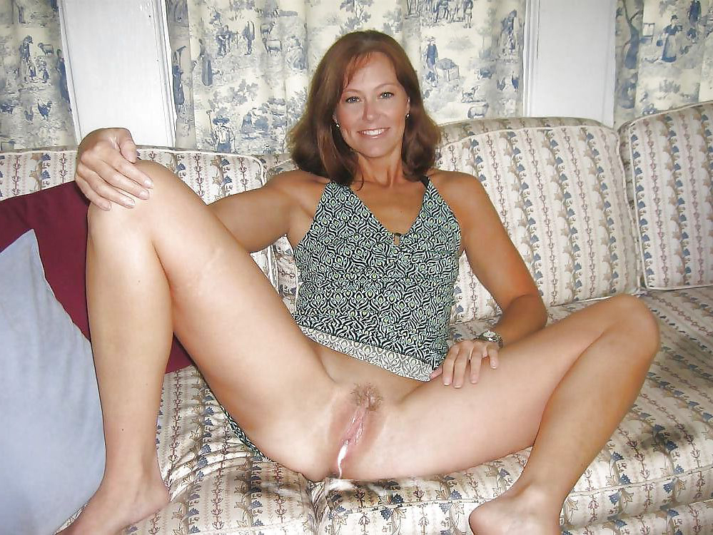 Amateur Cougar Wife Creampie